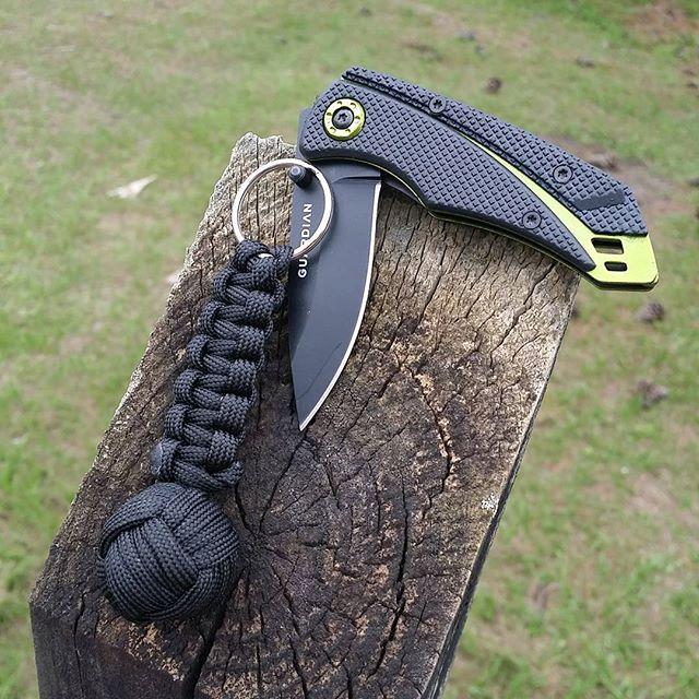 Gerber Guardian K3 2.5 Folding Knife and Monkeys Fist Keychain Combo 31-002660