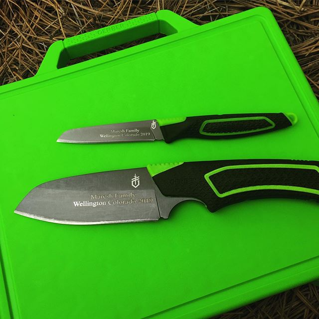 Gerber Freescape Camp Kitchen Set 30-001041.  Two knives plus the kitchen cutting board. This set is ready for your camping trip or your kitchen set. #cuttingboard #cuttingknifeset #30-001041 #camping