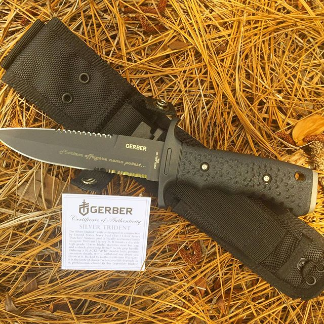 Gerber Silver Trident 06995 -double serration.  Made in the USA. Engraved in Harlow Solid Italian font. #gerbertrident #06995 #fixedblade #madeinamerica