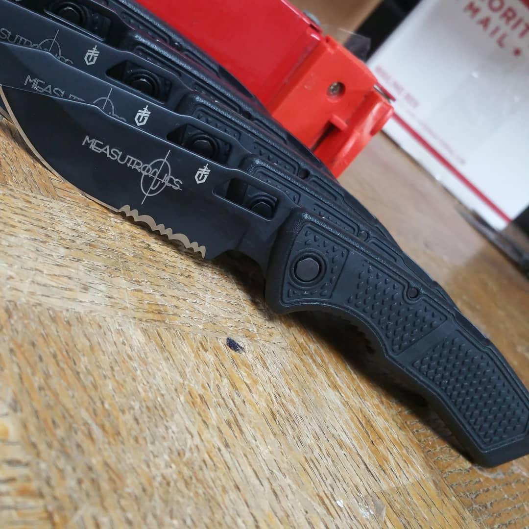 Gerber Order Knife 30-001011 Drop Point Serrated 420HC