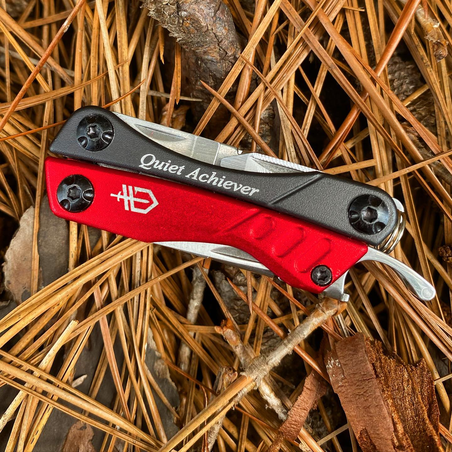 """Gerber Red Dime Multitool 30-000417.  This tool is small but it is """" A Quiet Achiever"""". It can handle your needs! #reddimemultitool #gerberdime #30-000417 #engravedtool"""